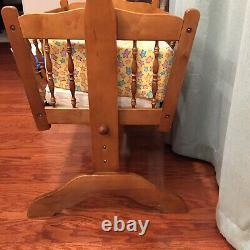1970s Early American Style Rocking Wooden Baby Cradle Maple Finish