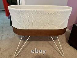 SNOO Smart Sleeper Bassinet by Happiest Baby with Extras