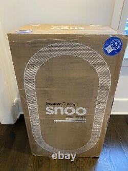 Snoo Smart Sleeper Bassinet With LOTS of EXTRAS